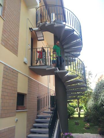 Spacious family apartment - Anzio