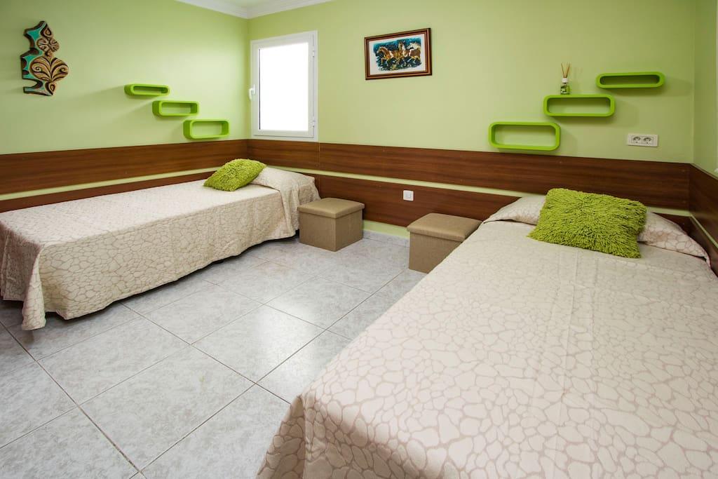 Dormitorio 2 ,dos camas individuales