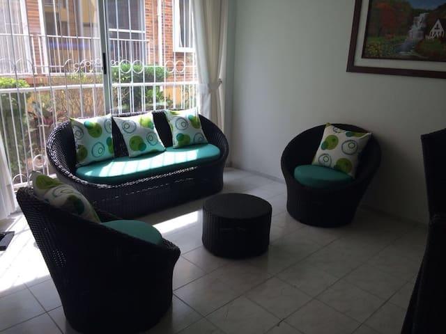 Alquiler Apartamento,  4 personas - Anapoima - Wohnung