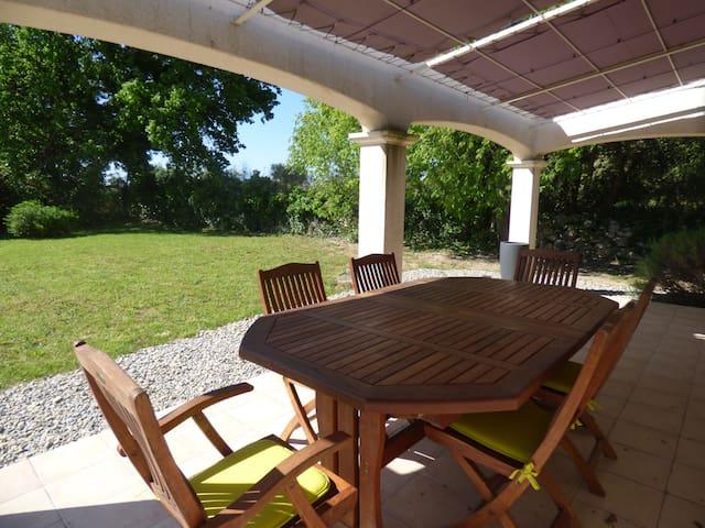 Villa avec jardin - Saussines - Huis