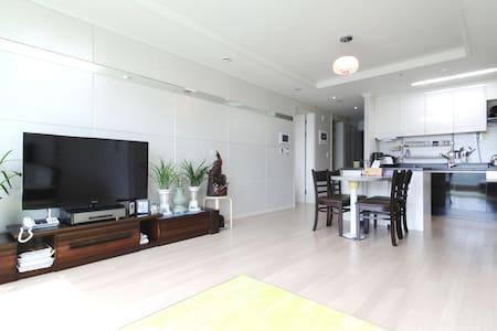 Homestay/YoungJongDo Island/INCHEON - Apartment