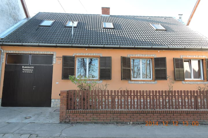 Accommodation in Habermayer Guest House