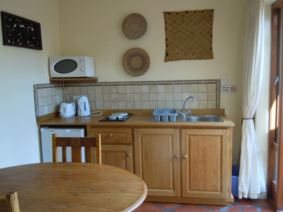 Kitchen, fully equipped for self catering.