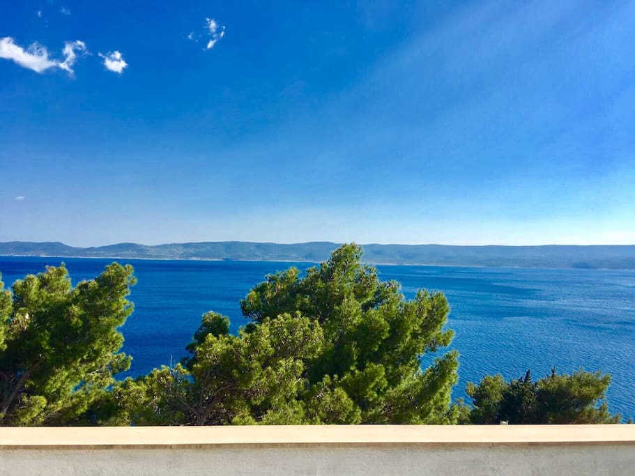 Waking up to the view of the Adriatic sea and the island of Brač