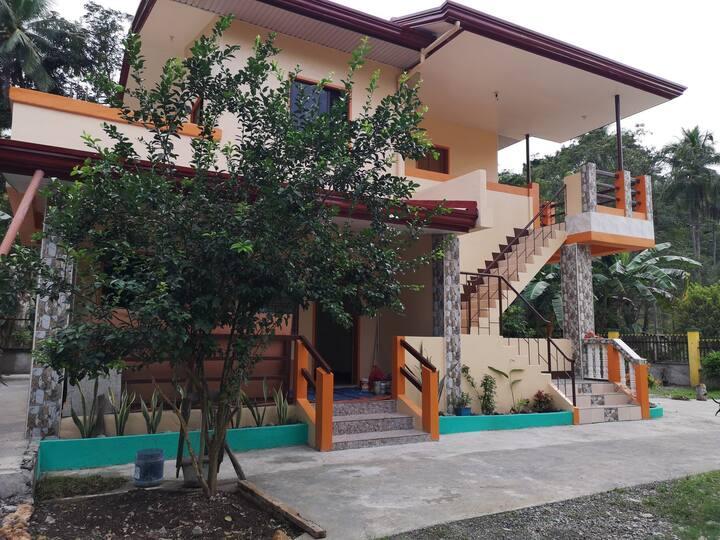 Villa Omega-Neneth Pad (1 bedroom) Good for 2-8