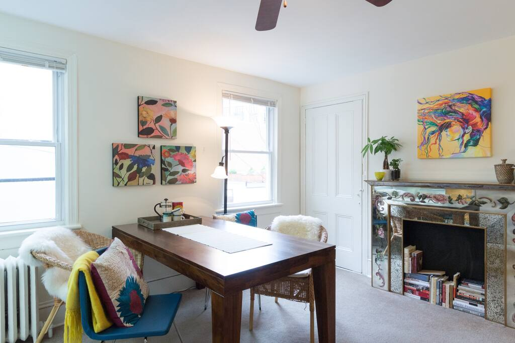 charming 1br rowhouse apt with loft apartments for rent in washington district of columbia. Black Bedroom Furniture Sets. Home Design Ideas
