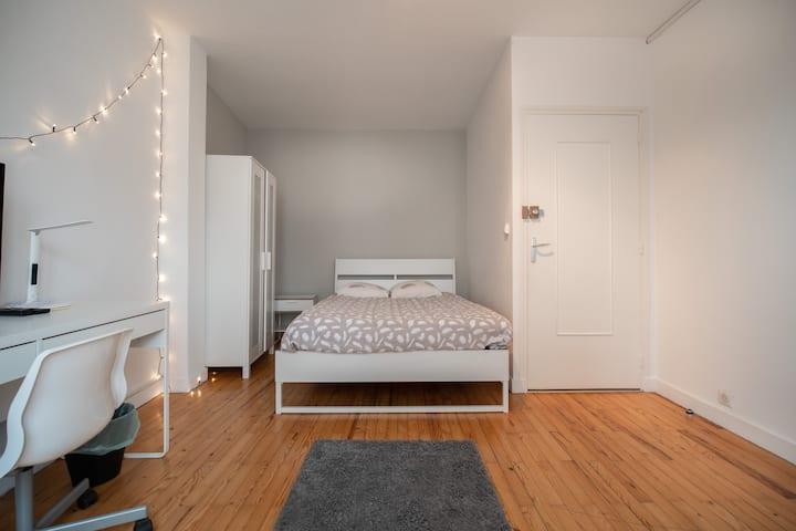 Chambre cosy équipée 3 proximité GARE CHATEAUCREUX