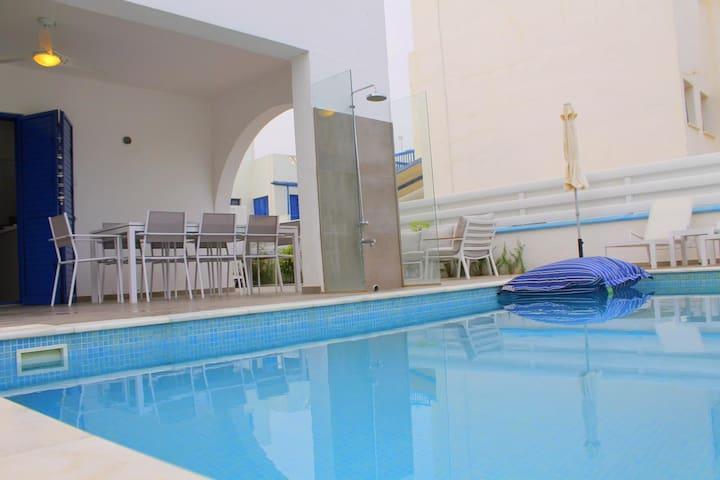 Villa St Nicolas 8, Protaras, 3 bed, pool, wifi