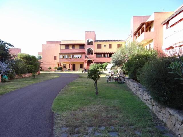 villetta saline 1 antistante mare - Olbia - Villa