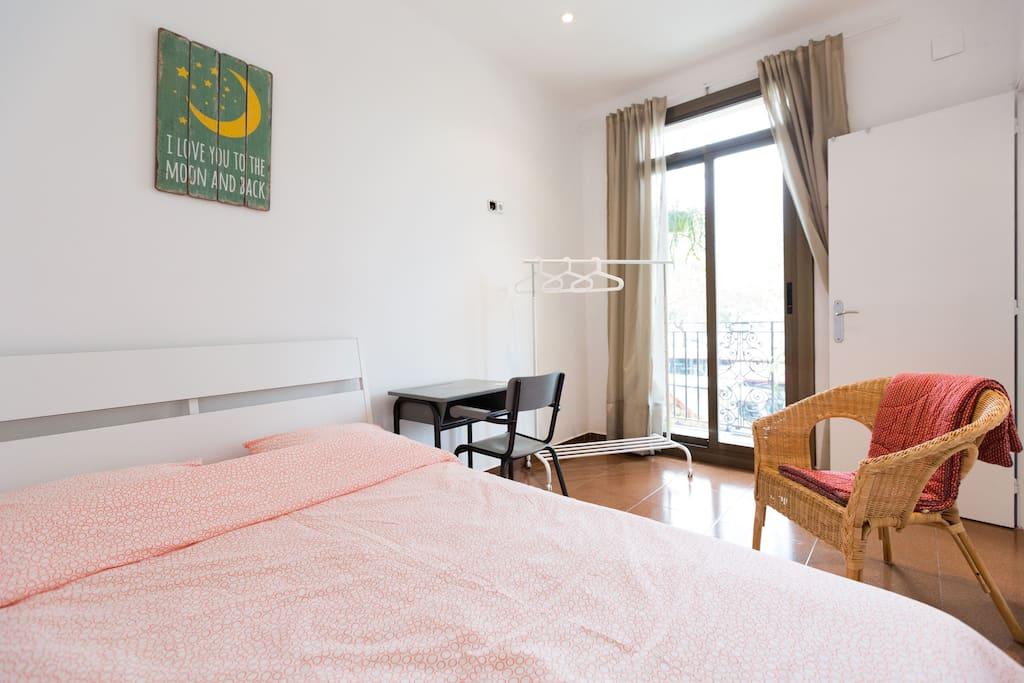 La barceloneta double room apartamentos en alquiler en barcelona catalunya espa a - Apartamentos en la barceloneta ...