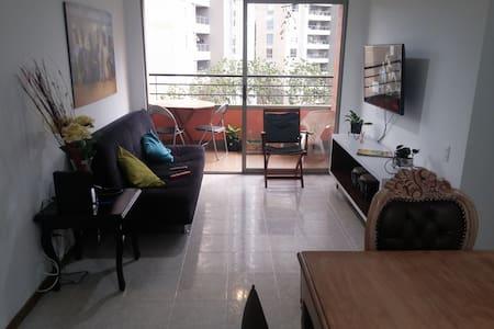 Great Room, Great View, El Poblado. Feel at home! - Medellín - Departamento