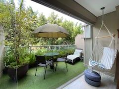 Modern+studio+with+green+balcony+in+Vila+Madalena