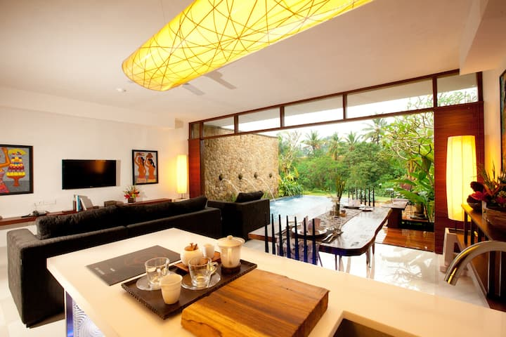 Bayu · Family 2 beds pool villa with jacuzzy in Ubud