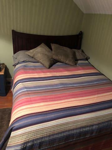 Nice room in Norwalk