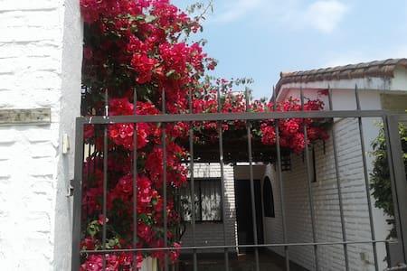 Departamento a la calle en Yerba Buena - Yerba Buena