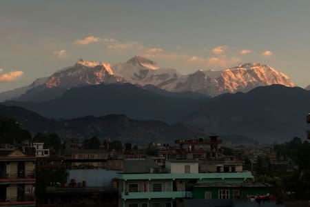 Buddhi Boutique - Apartment with Mountain View
