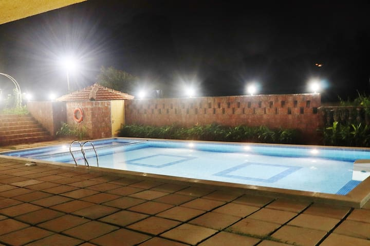 Boutique Deluxe Room with Swimming Pool @ Mandrem