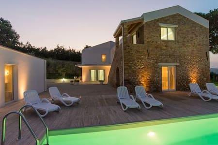 Villa Renzo  appartamenti per famiglie in Abruzzo