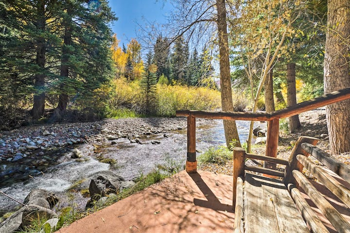 Charming Creekside Snowmass Escape: 10 Mi to Aspen