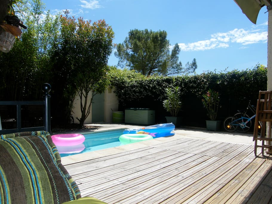 Maison aix village 4 pers piscine houses for rent in for Piscine miroir aix en provence