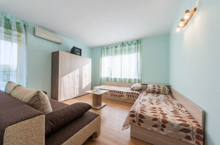 Nice and cozy 2-bedroom apartment - Primorsko - Appartement