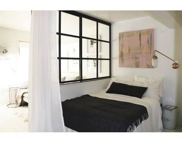 Jr. 1 bedroom