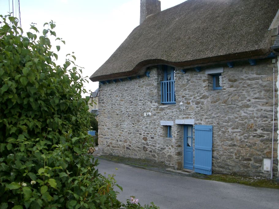 Chambre d 39 h te en bord de rance bed and breakfasts for for Chambre d hote st malo