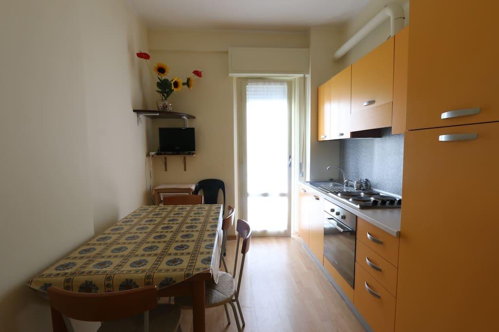 Appartamenti sul mare mil mar appartamenti in affitto a for Centro soluzioni airbnb