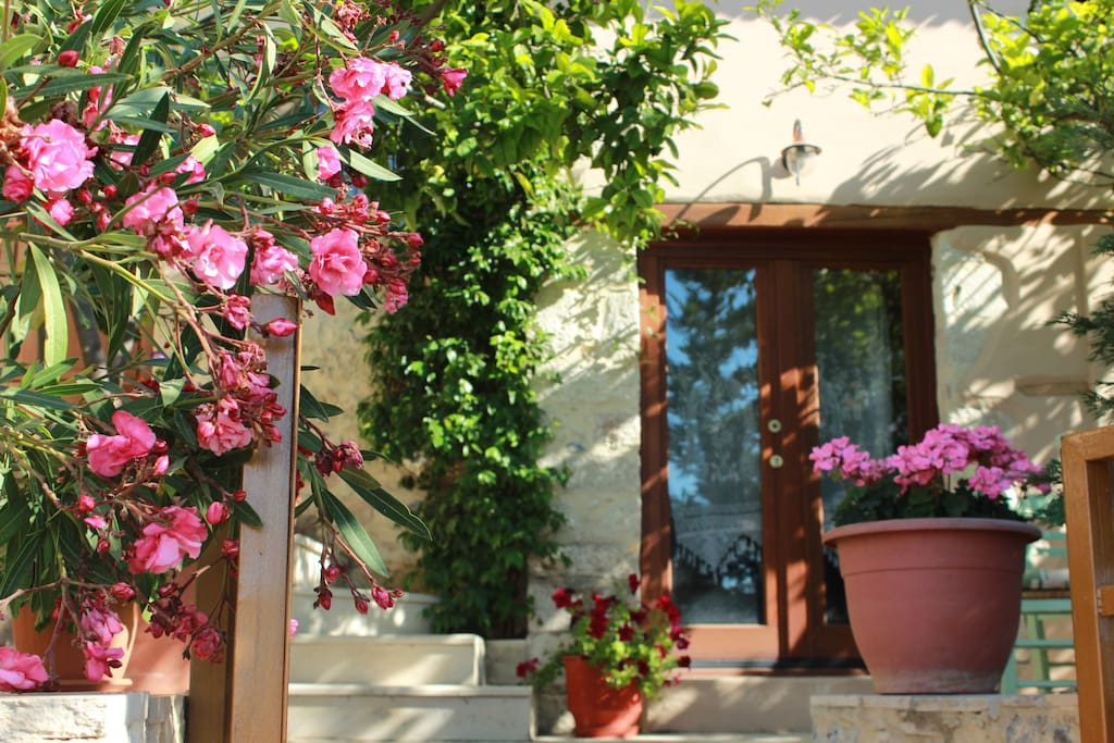 Tradional Villa in Heraklion Crete