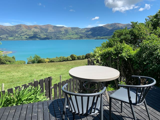 Akaroa harbour view studio, newly renovated