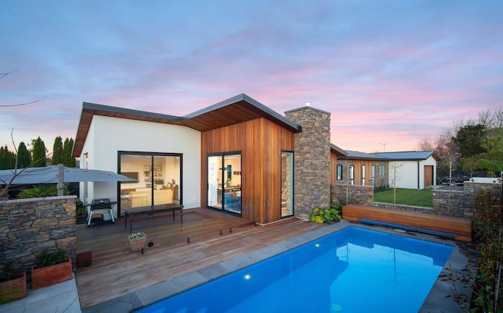 REDUCED. Absolute Luxury in Strowan - Christchurch