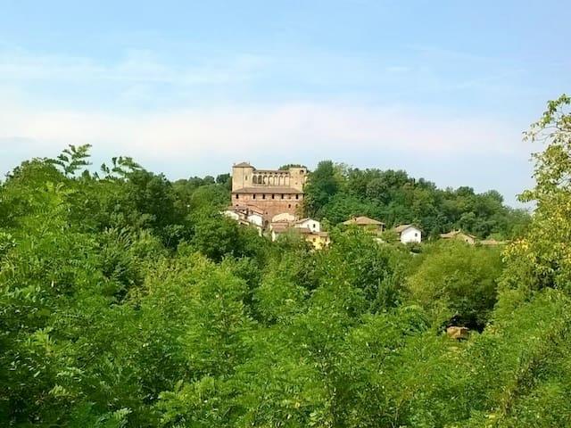 OS Castle - Castello di Tassarolo - Tassarolo - Huoneisto