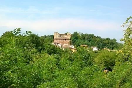 OS Castle - Castello di Tassarolo - Tassarolo - Apartmen