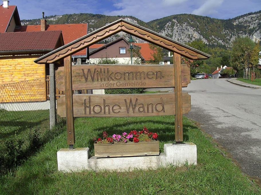 Beginn Naturpark Hohe Wand in Maiersdorf