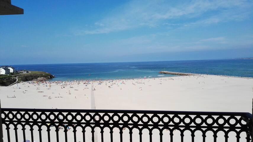 Dúplex de 4 dormitorios en 1º línea de playa