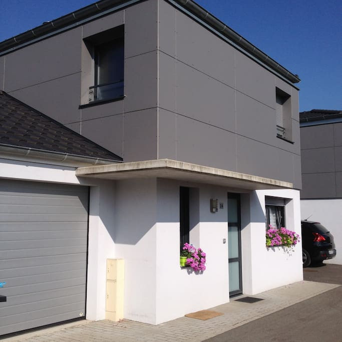 Nice quiet house in colmar 90 sq case in affitto a for Garage auto colmar