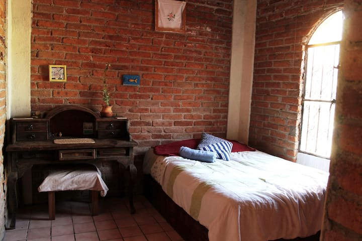 Comfortable room in Valenciana Guanajuato