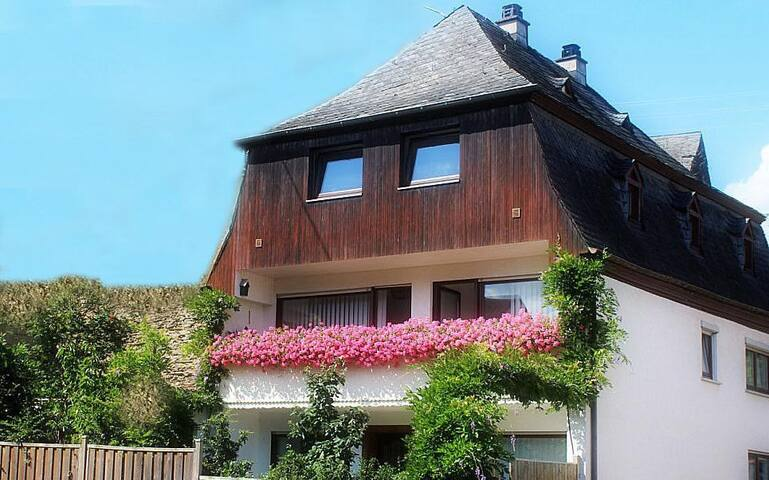 Mosel Cottage