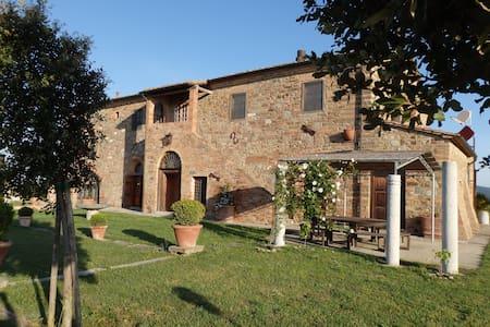 Amazing villa between hills and sea - Montecatini val di Cecina (Pi) - Villa