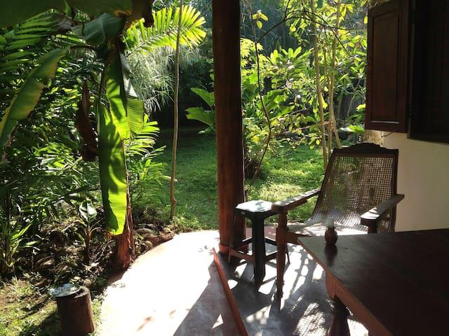 Singha Paya, private villa