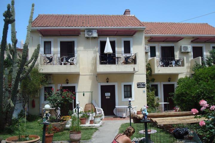 midden in het centrum van argostoli - Argostolion - Apartemen