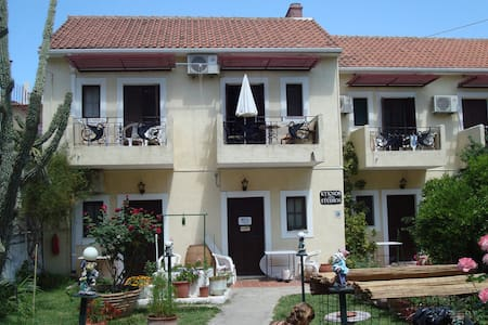 midden in het centrum van argostoli - Argostolion - Квартира