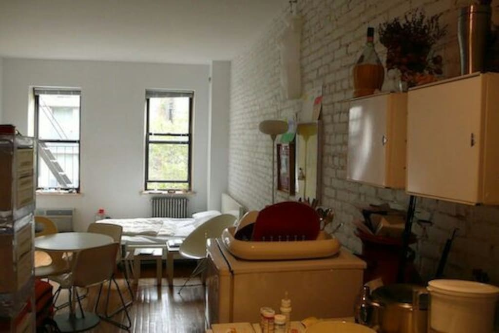 Charming studio in manhattan ues apartments for rent in for Studio apartment in manhattan