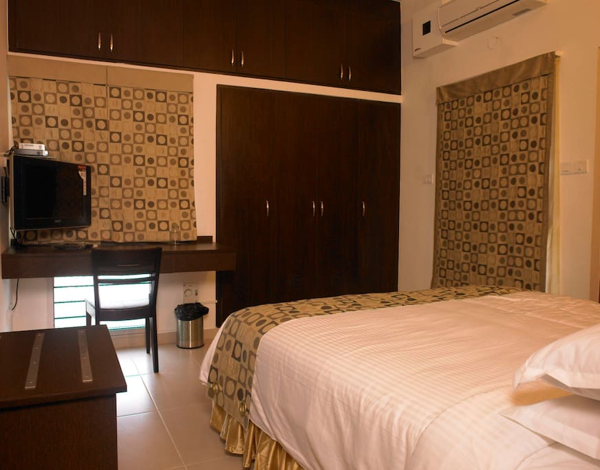 Luxury Executive Single Room