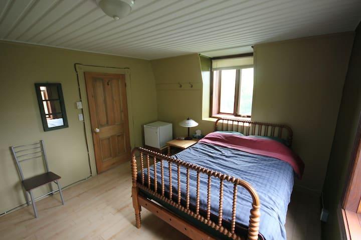 Chambre à louer, St-Eustache, Qué. - Saint-Eustache