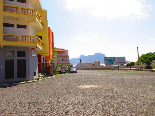 Apartment near the beach, Mindelo - Mindelo - Apartament