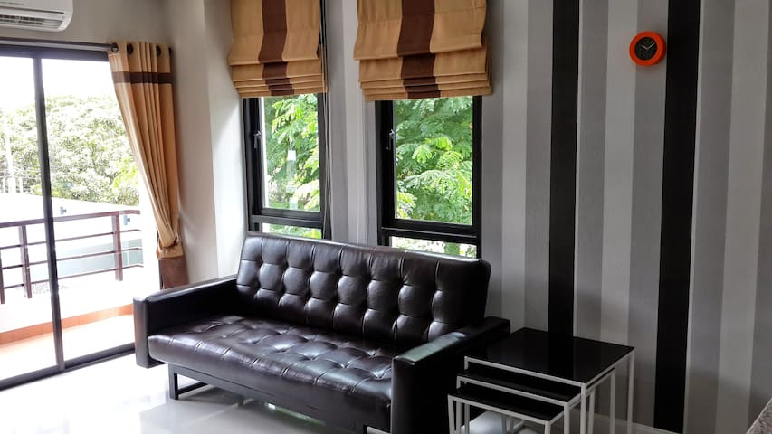 Luxury Condo Corner Unit With Pool - Chiang Mai - Lejlighed