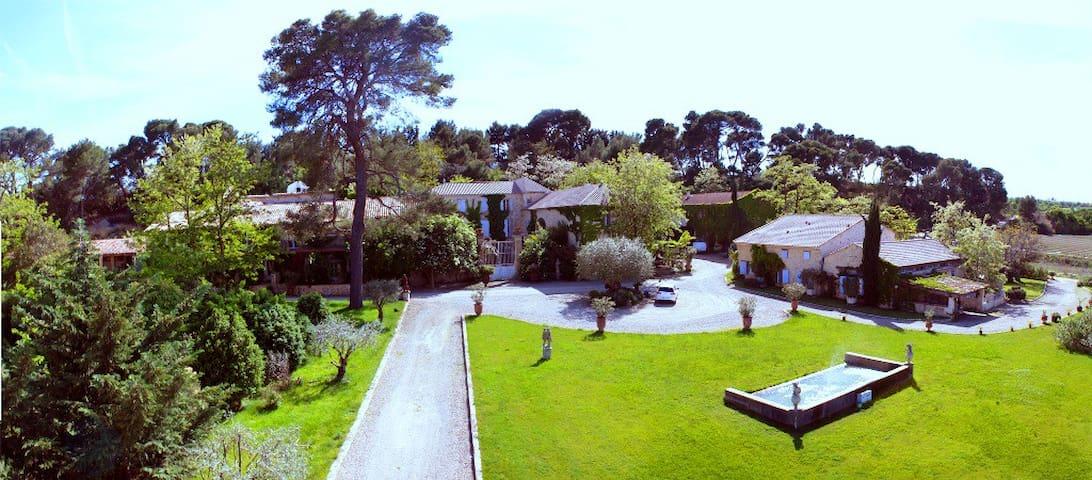 Gîte BACCARAT, Domaine La Fourcade - Capestang - Flat