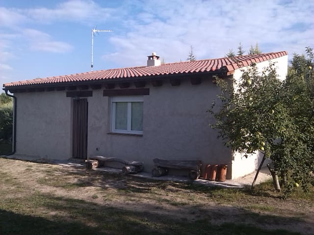 Lovely cottage in the countryside near Segovia