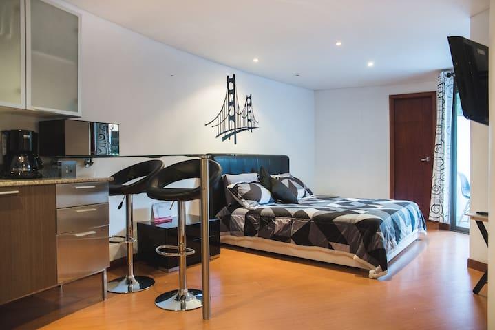 MODERN in POBLADO exclusive zone - Medellín - Apartment